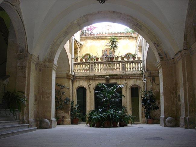 Palazzo Andretta, Lecce
