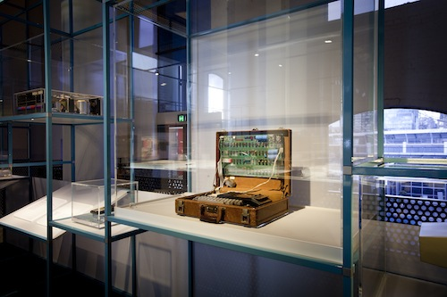 "Un dettaglio della mostra ""Interface: People, machines, design"", Museum of Applied Arts & Sciences, Sydney"