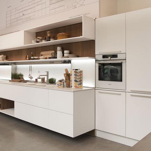 """La cucina """"Mi 20.15"""" di Veneta Cucine progettata dallo Studio Giovannoni che ha ricevuto la """"Special Mention"""" del German Design Award 2016, nella categoria Kitchen and Household"""