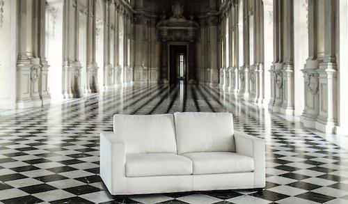 """Lo staff si è recato nel negozio Pavia & Pavia International Design. """"Non abbiamo mobili rosa, ma gli abbiamo proposto arredi eleganti"""", afferma il titolare. In foto, il divano della collezione Zen, Pavia&Pavia International Design"""
