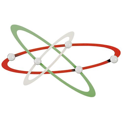 Per la stanza dei ragazzi: Atomo, appendiabiti da parete di Arti & Mestieri (73 euro)