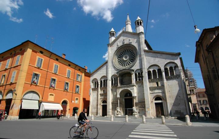 Modena, nono posto: città frizzante per le università, l'ottimo cibo e perché no anche le balere