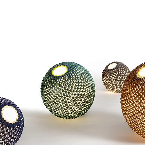 Lampade Knitted di Arial Zuckerman