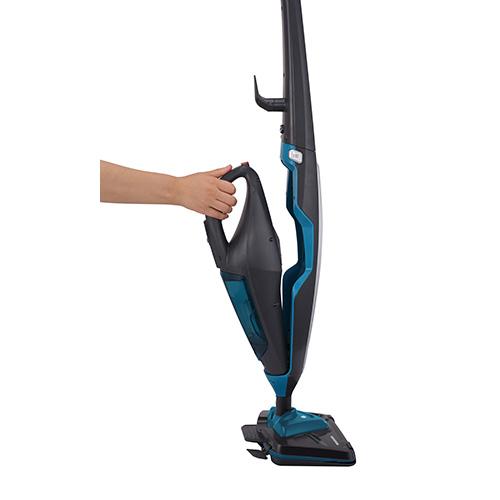 Hoover CA2in1  scopa a vapore con pistola incorporata utile ad esempio per pulire le fughe delle piastrelle o per rinfrescare le tende (159 euro)