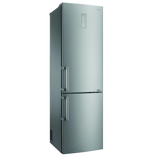 Per le famiglie numerose: la nuova serie di frigoriferi Saffiano di Lg si distingue per un'ottimizzazione degli interni: cassetto 0 gradi con selettore 4 stagioni, cassetto frutta e verdura con griglia salvafrescezza regolabile e porta bottiglie
