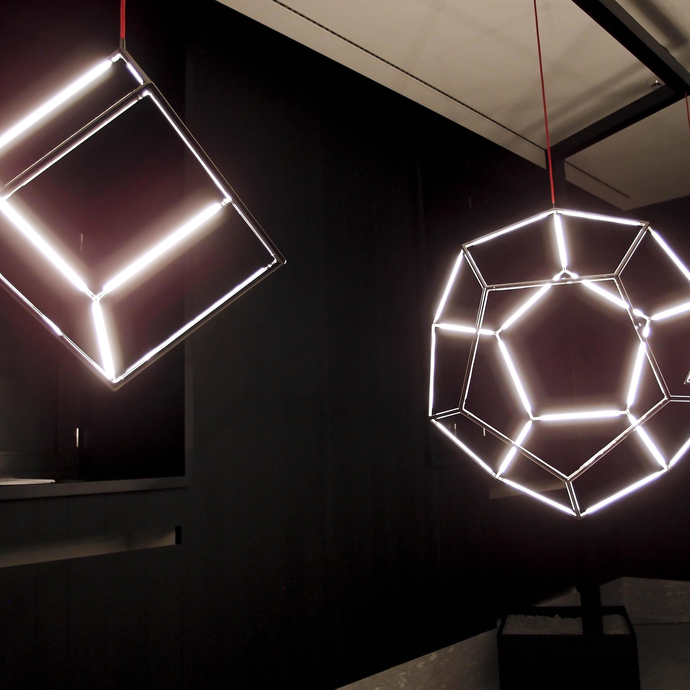 Masterly, The Dutch in Milan: i poliedri luminosi della Kocowisch Collection di Willem Schouten e Koen Coppens in mostra a Palazzo Turati