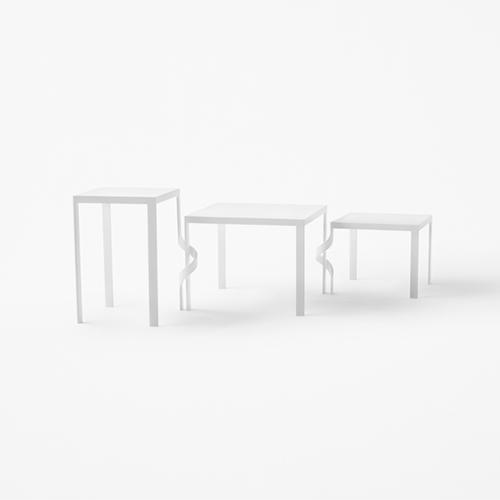 Tavolini Tangle table per Cappellini