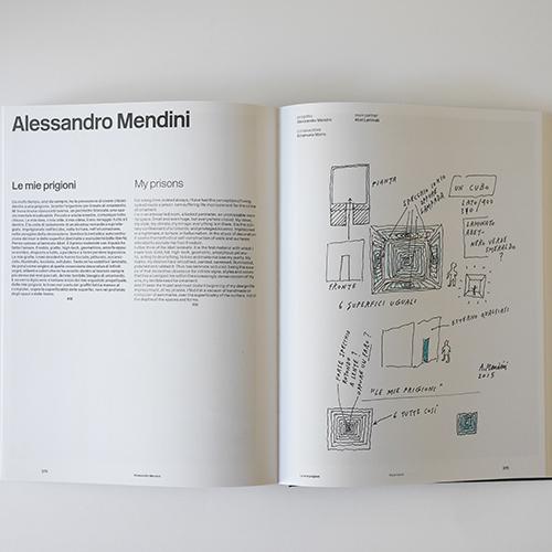 """La prima parte del volume racconta i progetti protagonisti della mostra, tra cui """"Le mie prigioni"""" di Alessandro Mendini"""