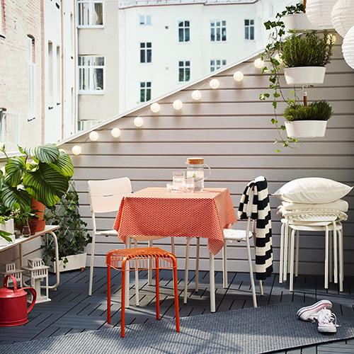 Agosto In Città Venti Idee Per Arredare Balconi Terrazze E