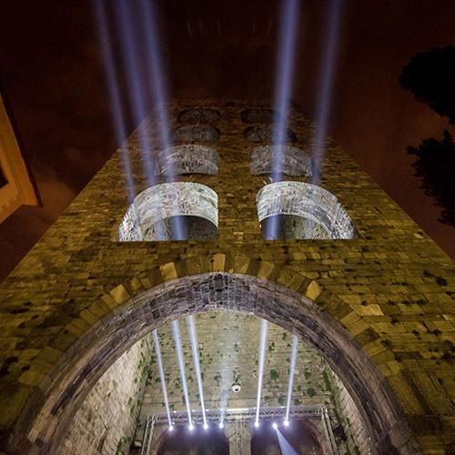 L'installazione di Olo Creative Farm a Porta Torre. A seguire altre immagini (foto Andrea Butti)