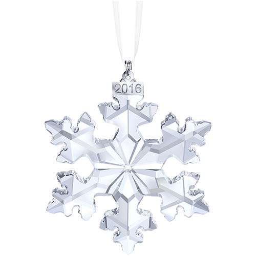 Per i collezionisti: anche nel 2016 Swarovski lancia il fiocco di neve realizzato in cristallo sfaccettato, arricchito da una targhetta in metallo con l'anno e un nastro in raso bianco (59 euro)