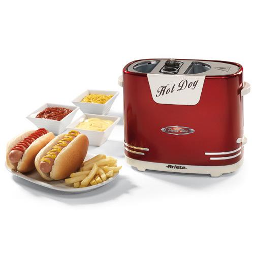 Con Hotdog Party Time di Ariete bastano pochi minuti per caldi e fragranti hot-dog (24,50 euro)