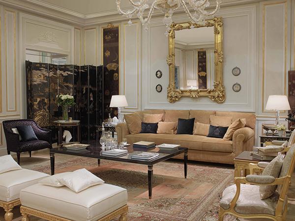 L'hotel Ritz di Parigi e Luxury Living Group presentano nella capitale francese la Ritz Paris Home Collection. Una linea di arredi e complementi che raccontano il lifestyle che ha reso e continua a rendere il Ritz Paris epicentro di eleganza