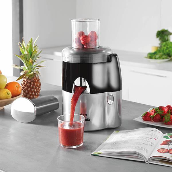 Ancora frutta con Juice Expert, la nuova gamma di estrattori di succo multifunzione di Magimix. Cosa potete farci? Succhi di frutta, succhi di verdura, succhi di erbe ma anche latti vegetali