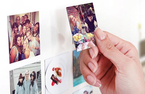 Magneti fotografici: un'idea per personalizzare il vostro frigorifero ad esempio. Dove stamparli? Su Lalalab (www.lalalab.com), Photosì (www.photosi.com) o Photobox (www.photobox.it)