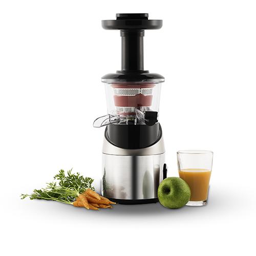 """La centrifuga <em>Infiny Juice</em> di <a href=""""http://www.moulinex.it/"""">Moulinex</a> grazie alla sua tecnologia di estrazione a freddo, spreme delicatamente il succo dalla frutta e dalla verdura mantenendone il sapore naturale, il colore originario e tutti i nutrienti (199,99 euro)"""