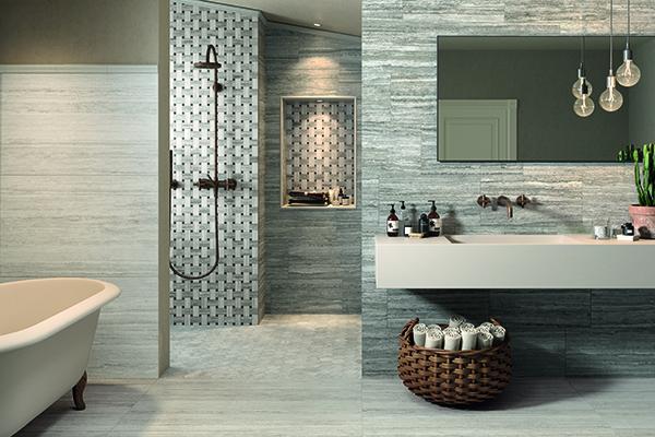 Cos il bagno diventa un centro benessere casa design for Foto rivestimenti bagno