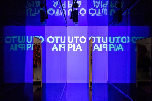 """HELSINKI, <em>Design museum</em> - In occasione delCentenario dell'Indipendenza Finlandese, il museo ha organizzato la mostra <em>Utopia now -The Story of FinnishDesign,</em> con lo scopo di raccontare il ruolo del design nell'evoluzione della società attraverso tecnologie all'avanguardia e piattaforme digitali di ultima generazione. Fino al31 dicembre 2020<em><a href=""""http://www.designmuseum.fi/"""">www.designmuseum.fi</a></em>"""