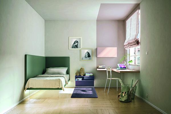 La luce naturale è senza dubbio la più adeguata per studiare. La posizione migliore per la scrivania è quindi vicino a una finestra (in foto un'ambientazione Lago)