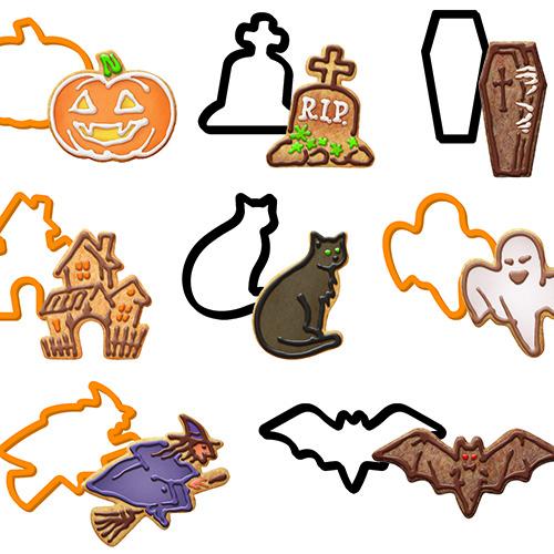 La confezione di tagliabiscotti di Tescoma della linea Delícia contiene 8 formine: il pipistrello, la zucca, il gatto, il fantasma, la strega, la bara, la tomba e la casa delle streghe (5,90 euro)