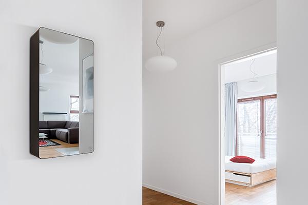Osa Mirror di Unical, la caldaia realizzata con il frontale a specchio in acciaio inox supermirror