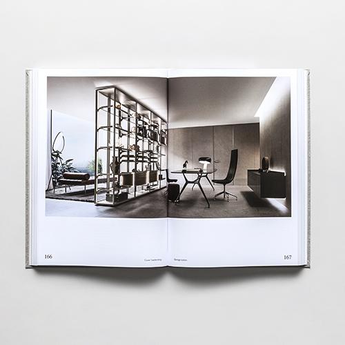 Il volume raccoglie tutte le collezioni Rimadesio: le immagini aiutano a ispirare possibili soluzioni compositive; le schede approfondiscono gli aspetti più tecnici