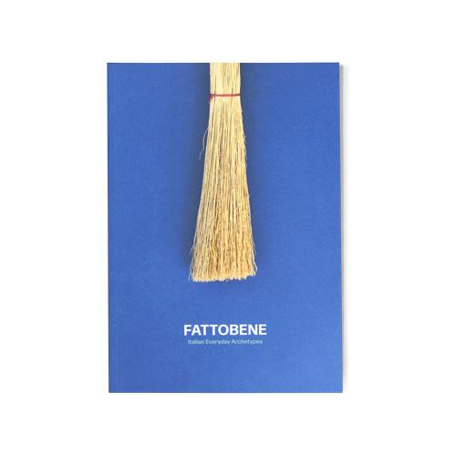 """<em>FattoBene. Italian Everyday Archetypes </em>di Alex Carnevali e Anna Lagorio (<a href=""""http://corraini.com"""">Corraini</a>, 288 pp, 28 euro) raccoglie foto e storie di prodotti industriali e artigianali italiani, come Crystal Ball,  cedrata Tassoni e  sciroppo Fabbri. Un progetto editoriale che nasce dall'esperienza dell'omonimo negozio online per rendere omaggio ai grandi classici del design anonimo che hanno fatto (e continuano a fare) la storia del nostro Paese"""