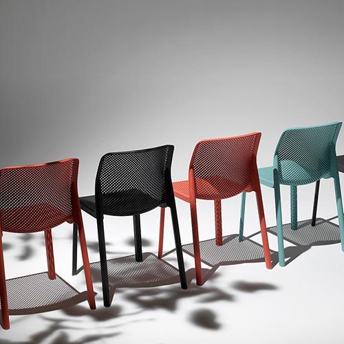 """<a href=""""http://design.repubblica.it/2017/07/26/il-design-per-labitare-sostenibile/"""">L'abitare è sempre più sostenibile</a>. Per chi è particolarmente sensibile a questo tema la sedia <em>Bit</em> di <a href=""""http://www.nardioutdoor.com"""">Nardi</a> è 100 per cento riciclabile (74,45 euro)"""