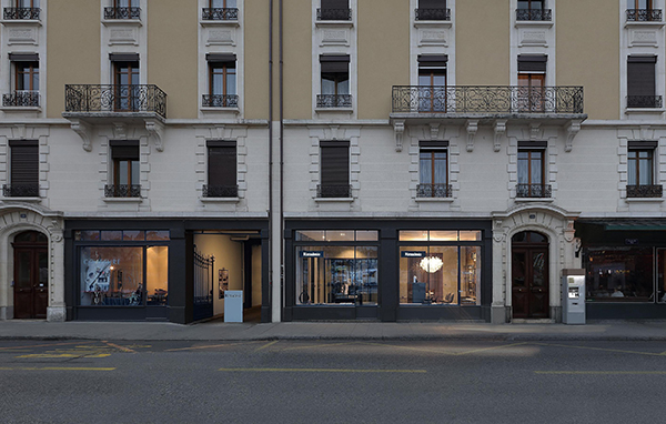 Lo showroom Rimadesio sorge  al civico 18 di  Avenue du Mail