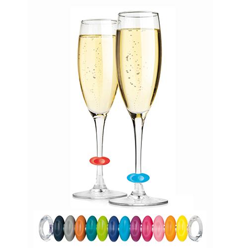 """Anelli segna calice di <a href=""""http://www.tescomaonline.com"""">Tescoma</a>,da dare a ogni ospite così da contrassegnare il proprio bicchiere (set 12 pezzi 5,90 euro)"""