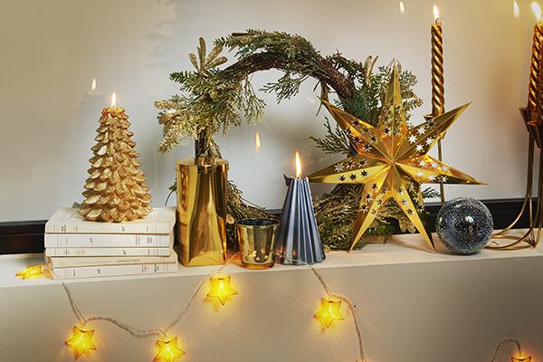 """Candele: non una, ma tante e ovunque. Basti pensare che un danese ne riesce a bruciare una media di circa sei chili all'anno (in foto alcuni pezzi della collezione per il Natale 2017 di <a href=""""http://www.zarahome.com"""">Zara Home</a>)"""