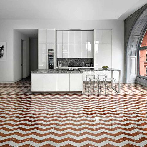 La collezione <em>Marmo</em> di Bisazza, quinel decoro <em>Appia Corallo</em> (photo by Gianni Franchellucci)