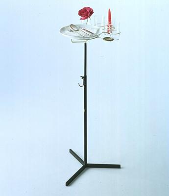 Comodi anche in piedi. Pranzo in piedi, Piero Fornasetti, 1951, Fornasetti