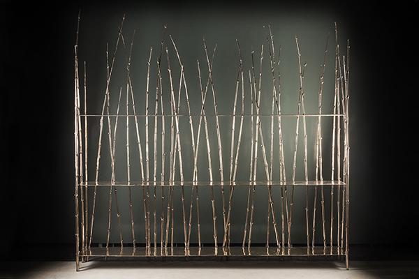 Libreria della collezione Bamboo di Osanna Visconti di Modrone, Edizione Nilufar, Italia 2018. Pezzo unico in bronzo naturale