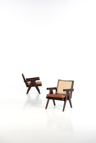 Easy armchair, Pierre Jeanneret. Coppia di poltrone, data di creazione 1955-1956. Dimensioni 72 x 51 x 71 centimetri. Creata per la città di Chandigarh, in India