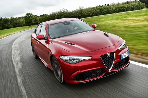 """<em>ALFA ROMEO GIULIA</em> design Centro Stile Alfa Romeo per FCA Italy. Compasso d'Oro 2018 perché """"la rinascita di un grande marchio cui è legato un pezzo importate della storia industriale italiana non è solo una questione di stile ma proprio la capacità di scrivere, attraverso il design, il valore di un prodotto di eccellenza"""""""