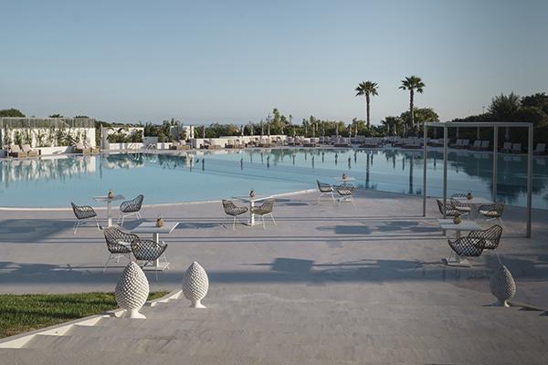 Il VOI Marsa Siclà Resort offre una piscina di 1.000 metri quadrati che comprende una zona dedicata ai bambini
