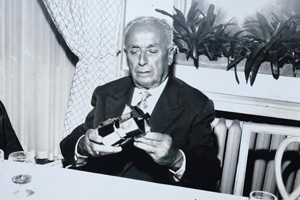 Alfonso Bialetti inventa la  moka nel 1933