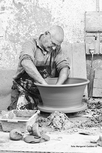 MAM 2018 aEfisio Usai per la categoria Ceramica