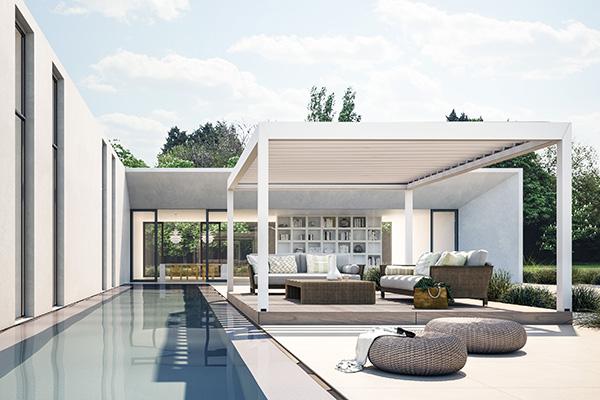 <em>Kedry Plus</em> di KE Outdoor Design è la pergola bioclimatica pensata per i grandi spazi. Infatti può raggiungere i 4 metri di larghezza e i 6 di profondità. Inoltre per aumentare la privacy o proteggere dal freddo, è possibile integrarla lateralmente con tende tecniche ombreggianti o completamente trasparenti, sistemi di vetrate scorrevoli o pareti mobili per un maggiore riparo