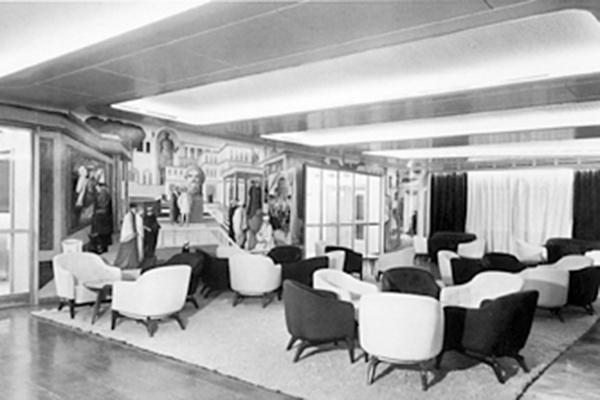 Uno scatto concesso dall'Archivio Salvatore Fiume Canzo degli interni del transatlantico Andrea Doria