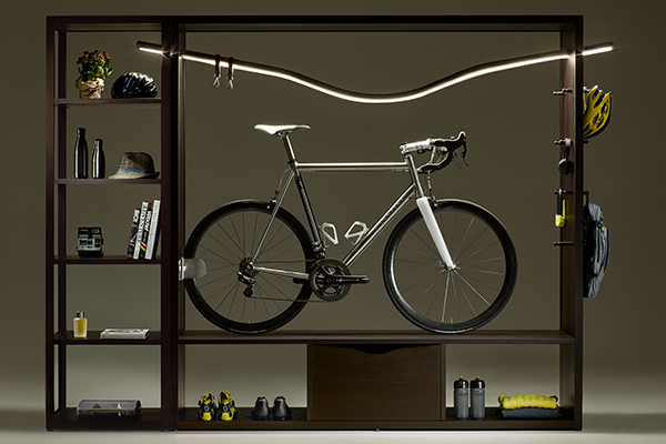 Per i biker, la libreria porta-bici Bike Shelf Domus di Vadolibero