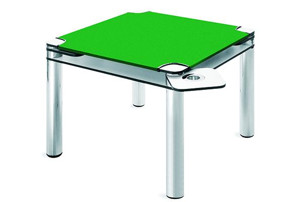 Poker, il tavolo da gioco prodotto da Zanotta e firmato Joe Colombo