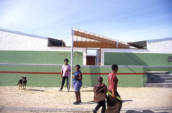 JoNoero, Day Care Center, Delfft, 2003