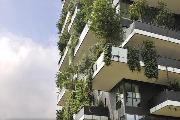 """Milano - <em>Bosco Verticale</em> di Stefano Boeri. Peraffittarla su Airbnb cliccare <a href=""""https://www.airbnb.it/rooms/16002933"""">qui</a> (foto Airbnb)"""