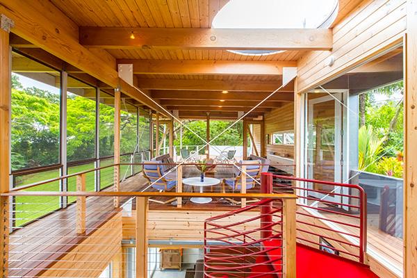 "Pāhoa, Hawaii - <em>Fishman / Kurokawa House</em> di Craig Steely. Peraffittarla su Airbnb cliccare <a href=""http://https://www.airbnb.it/rooms/103172"">qui</a> (foto Airbnb)"
