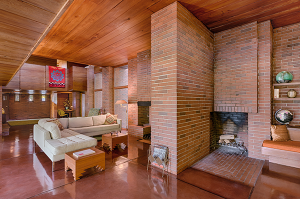 "Saint Paul, Minnesota, Stati Uniti - <em>Schwartz House</em> di Frank Lloyd Wright.Peraffittarla su Airbnb cliccare <a href=""http://https://www.airbnb.it/rooms/13783"">qui</a> (foto Airbnb)"