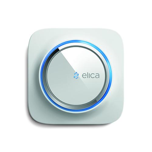 SNAP - Elica -  I sensori che misurano costantemente temperatura, umidità ed agenti inquinanti permettono a Snap di conoscere l'ambiente e di attivare il riciclo dell'aria. Snap è parte integrante di un sistema IoT con un'app dedicata che permette il controllo remoto <em>snap.elica.com/it</em>