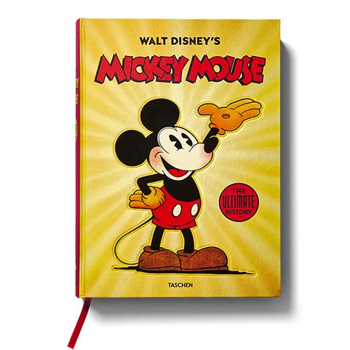 Grazie all'accesso illimitato agli archivi Disney e alle collezioni pubbliche e private gli autori di <em>Walt Disney's Mickey Mouse – The ultimate history </em> sono riusciti a realizzare per Taschen un volume monumentale che racconta tutto il mondo legato al personaggio di Topolino, dalle avventure comiche dei fumetti al merchandising (di David Gerstein, J.B. Kaufman, Daniel Kothenschulte, 492 pp, 150 euro)