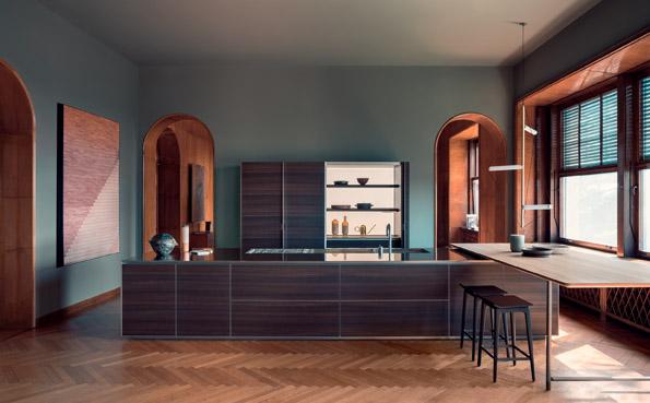 Siamo sempre a Villa Carminati con protagonista dell'ambiente la cucina Hi-Line 6 Frame Door di Dada